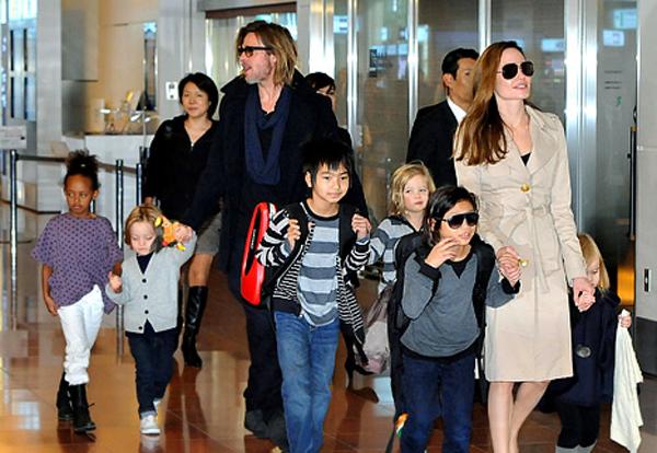 Angelina Jolie l-a acuzat pe Brad Pitt ca nu este un tata bun