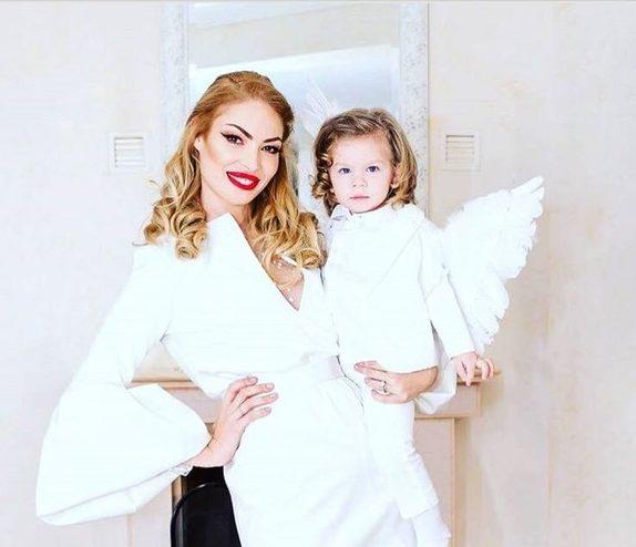 Valentina Pelinel, strălucitoare de Revelion! Cum a așteptat Anul Nou cu fiul ei Milan