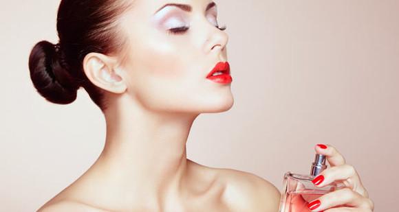 Trucuri ca parfumul să reziste mai mult pe piele în timpul verii