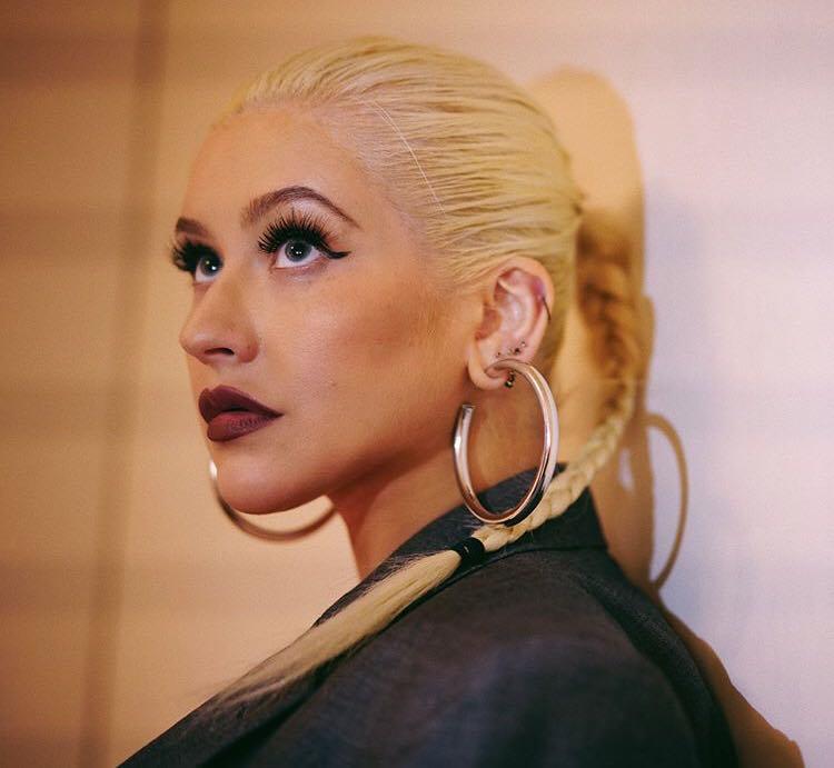 Christina Aguilera a cântat deghizată la metrou