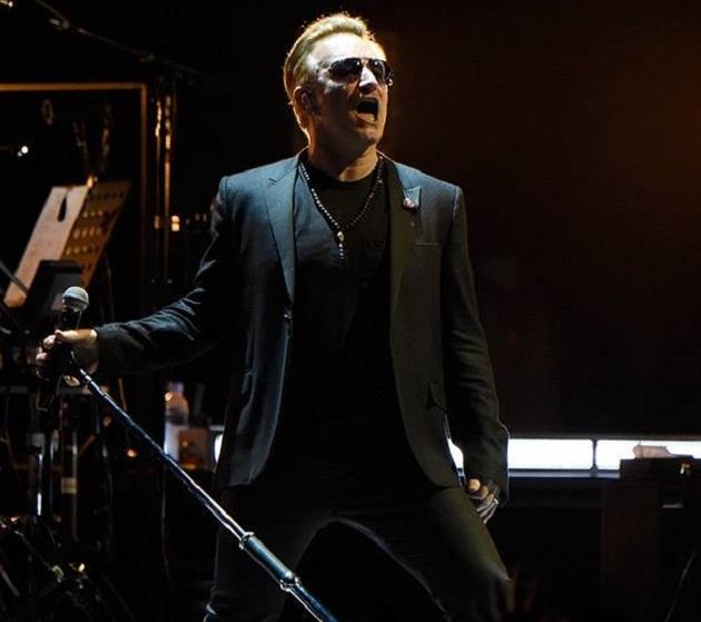 Bono de la U2 și-a pierdut vocea pe scenă