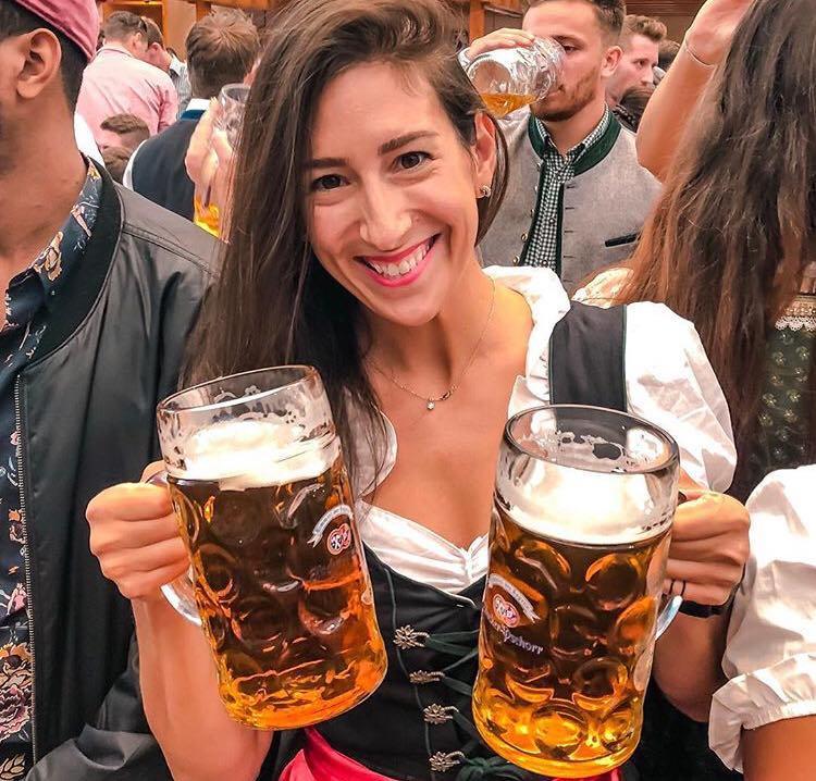 Festivalul berii Oktoberfest a început la München