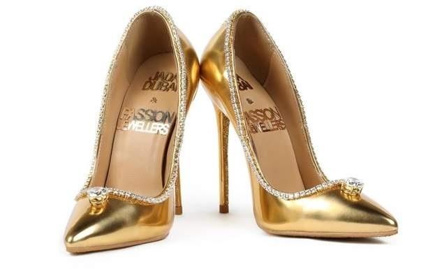 Cea mai scumpă pereche de pantofi din lume costă 17 milioane de dolari