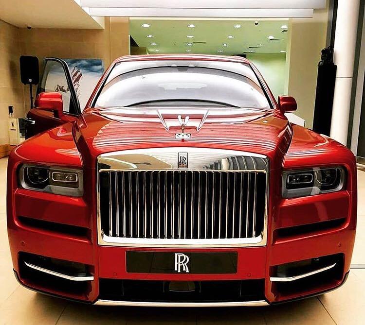 Rolls-Royce Cullinan a ajuns oficial în România