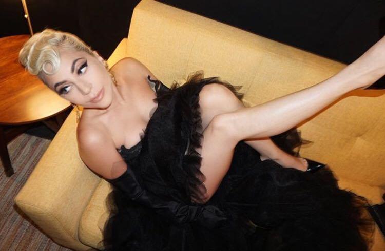 Lady Gaga încetează colaborarea cu R.Kelly