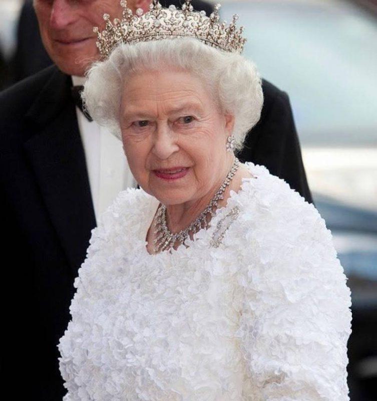Regina Elisabeta a publicat pe Instagram pentru prima oară