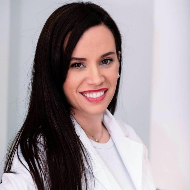 "Dr. Madalina Trofin, medic specialist ortodontie:  ""Tolerez greselile firesti intr-o curba de invatare"""