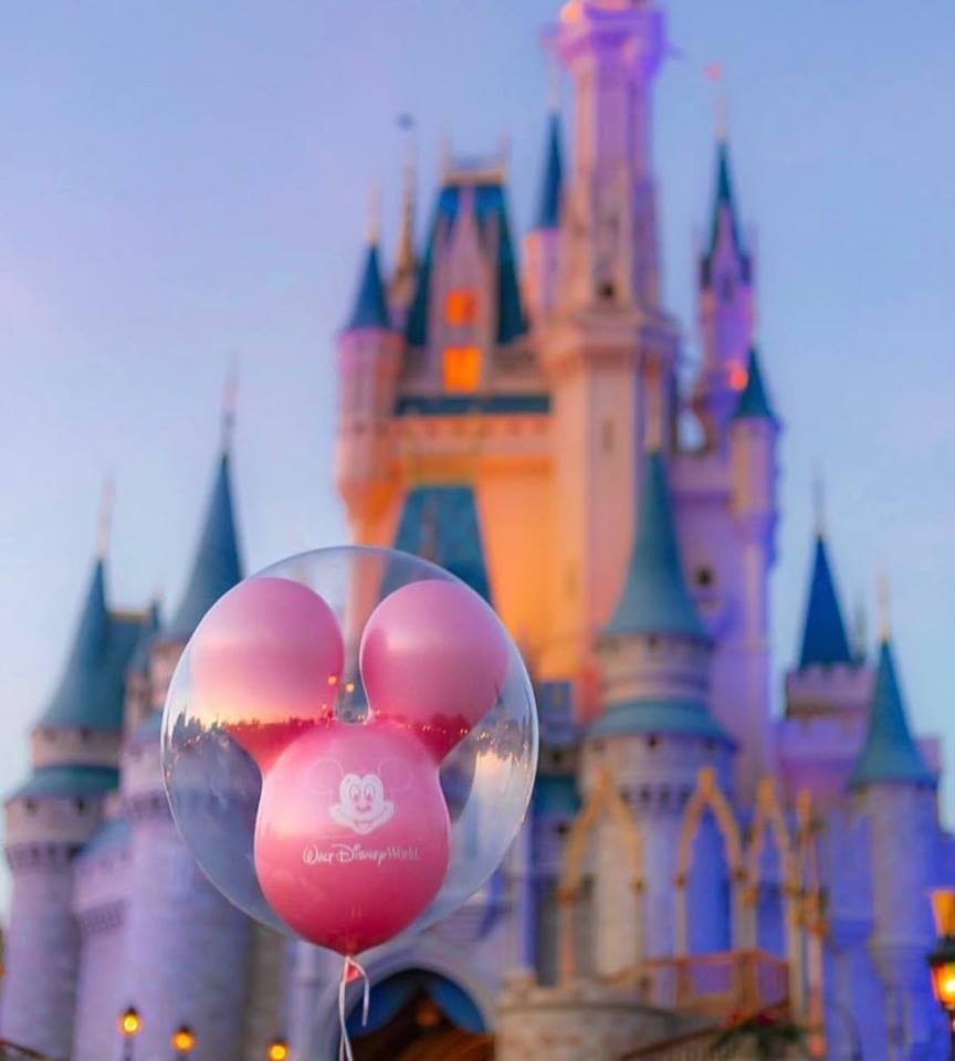 Compania Walt Disney, dată în judecată pentru discriminare