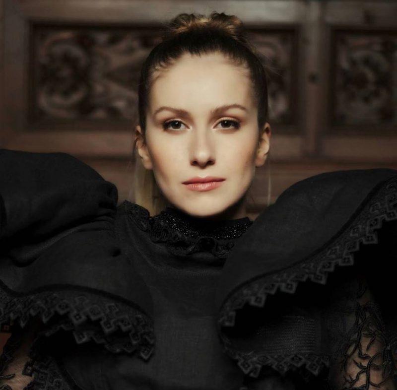 Ce şanse are Ester Peony la Eurovision 2019