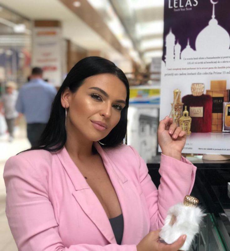 Francisca adoră parfumurile orientale Lelas
