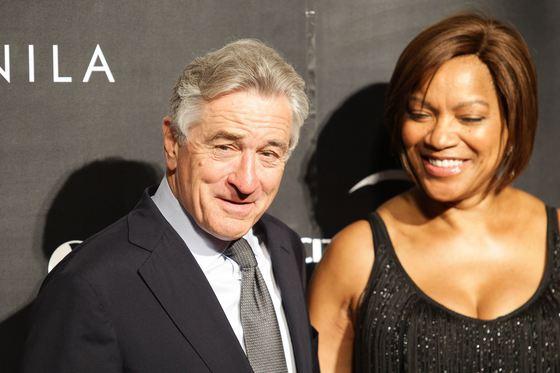 Soţia lui Robert De Niro cere jumătate din averea actoului