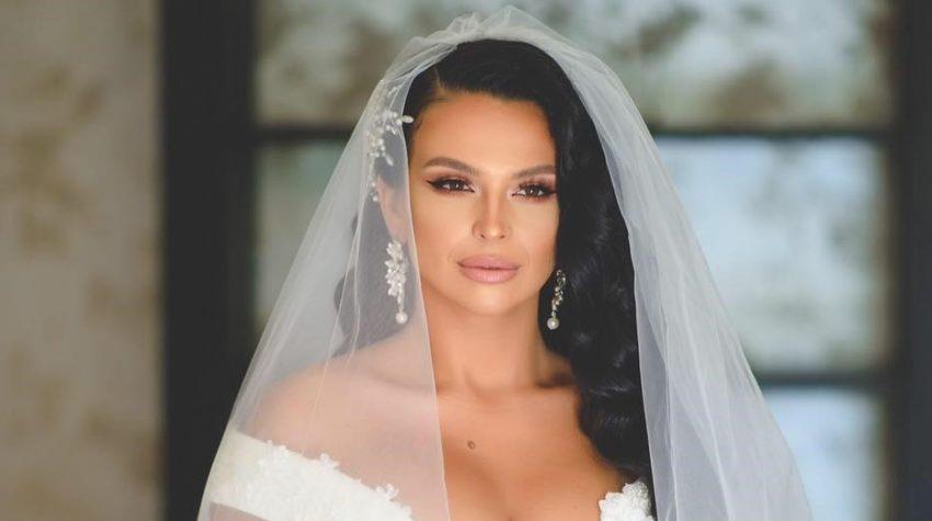 Francisca a arătat ca o prințesă în rochia de mireasă