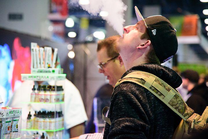 Noi boli asociate cu ţigările electronice