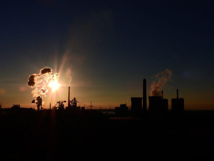 Studiu. Poluarea scade speranța de viață a românilor