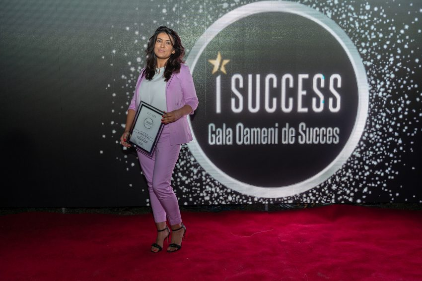 "Ana Maria Caraian a fost premiata in cadrul galei ,,I Success – Oameni de succes"""