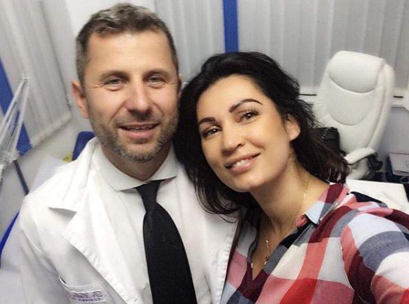 FOTO Nicoleta Luciu își menține tenul perfect în cabinetul doctorului chirurg estetician Călin Doboș!