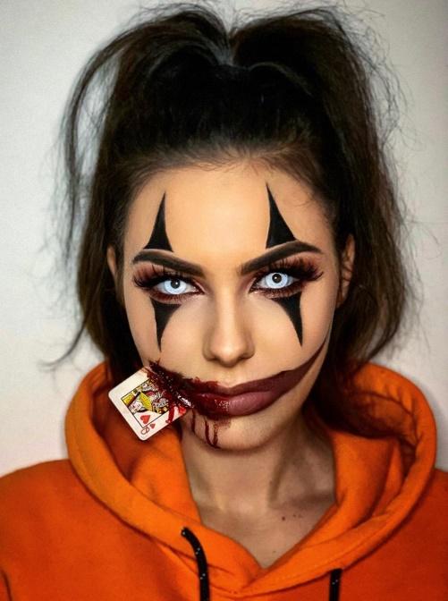 FOTO. Cum s-au costumat vedetele de la noi si ce decoratiuni au ales pentru Halloween 2020?