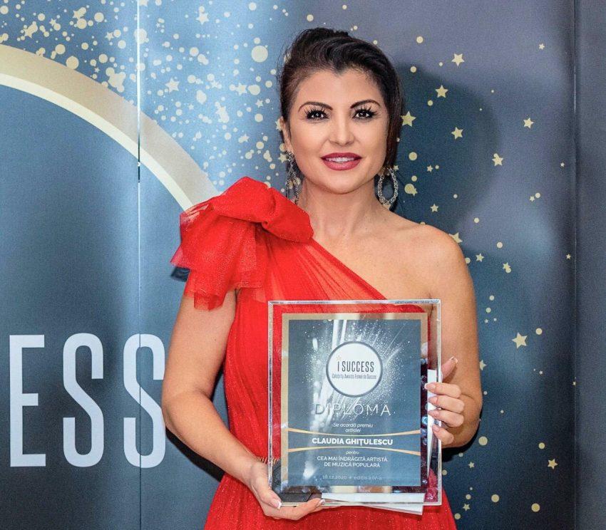 """Claudia Ghițulescu a fost premiată în cadrul galei ,,I Success – Femei de succes"""" 2020"""