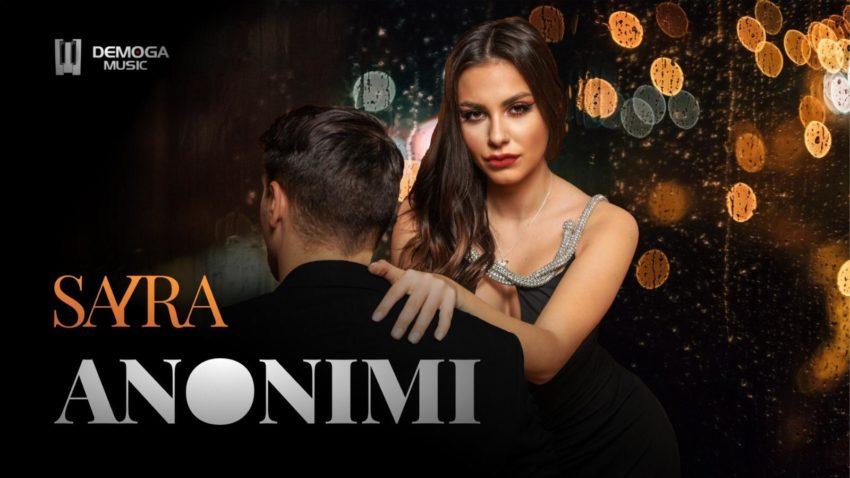 Sayra lansează azi prima piesă în italiană!