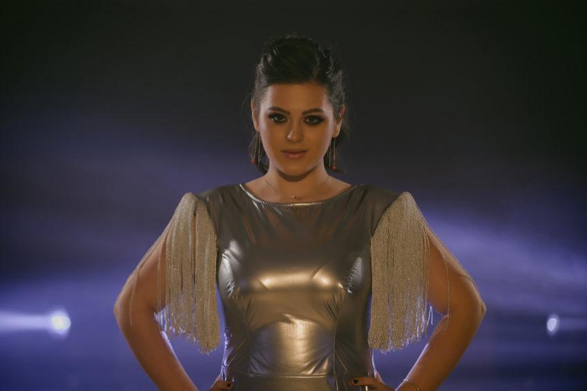 """RebeKa debutează cu melodia """"Ne Cheamă Dragostea"""""""