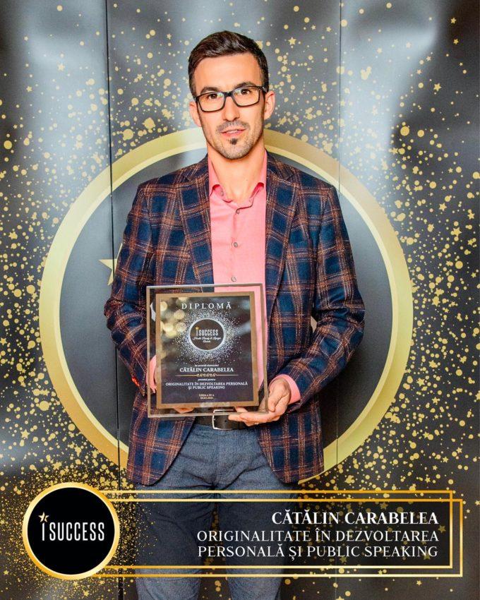 """Cătălin Carabelea a primit premiul pentru ,,Originalitate în dezvoltarea personală şi public speaking"""""""