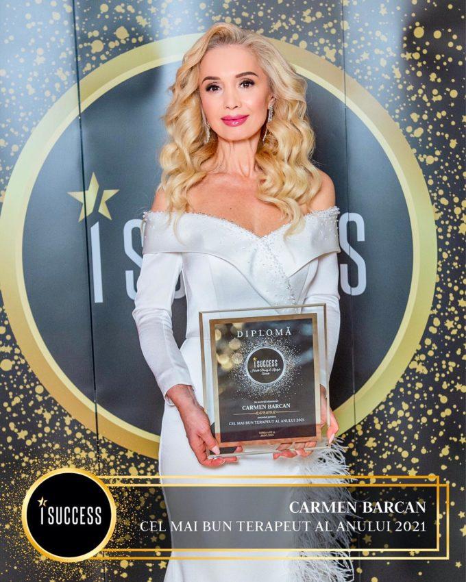Carmen Barcan a primit premiul pentru ,,Cel mai bun terapeut al anului 2021″