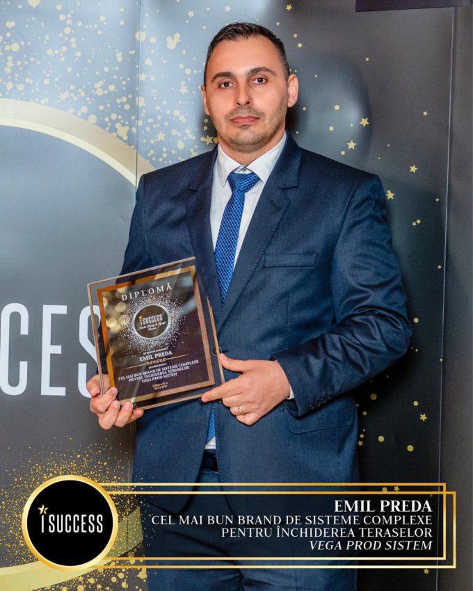 """Compania Vega Prod Sistem a luat premiul pentru """"Cel mai bun brand de sisteme complexe pentru închiderea teraselor"""""""