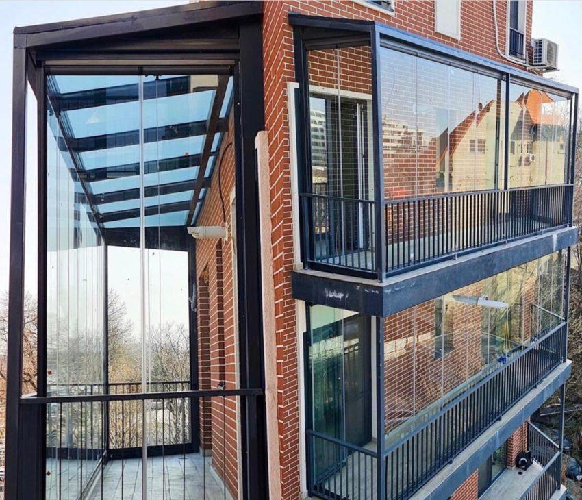 Un balcon mai… intim!  Cum îl închidem corect?