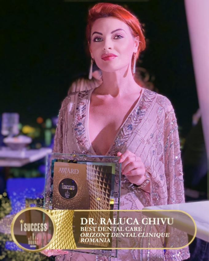 """Raluca Chivua primit premiul pentru ,,Best Dental Care"""" – Orizont Dental Clinique – România"""