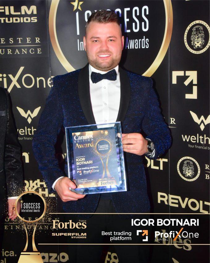 "Igor Botnari a primit premiul pentru,,Best Trading Platform"" – ProfixOne Capitalla gala I Success Awards – Cannes Edition"