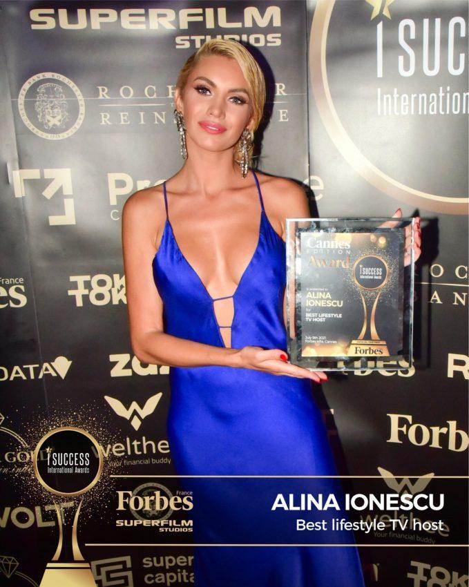 """Roxana Ionescu a primit premiul pentru,,Best Lifestyle TV Host"""" la gala I Success Awards – Cannes Edition"""
